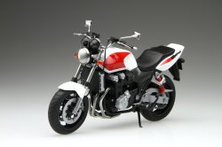 Bike17 Honda CB1300 Super Four 2010