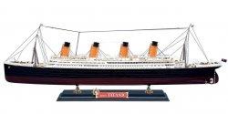 Big Scale R.M.S. Titanic (1/400)